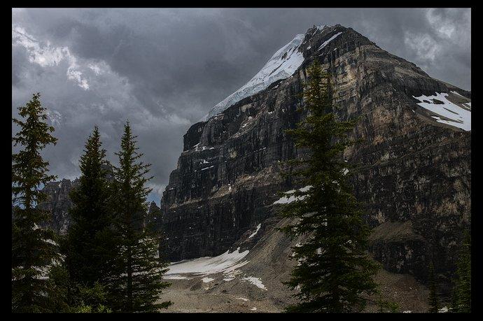 Rockies on cloudy sky_IMG_4836