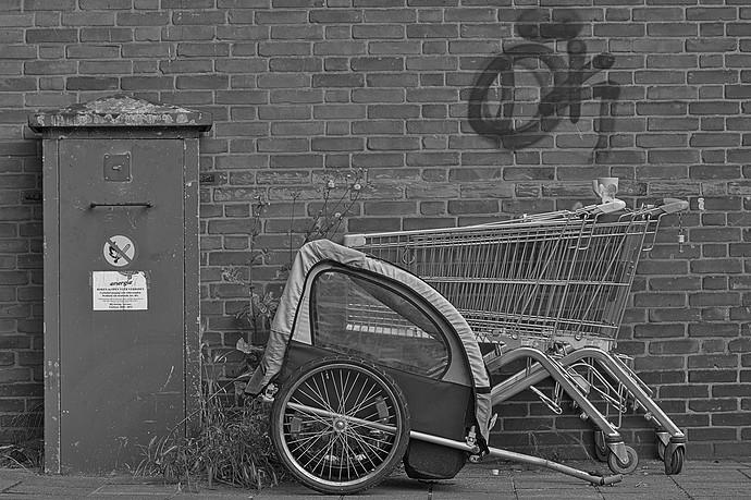 urban.still.life.nef