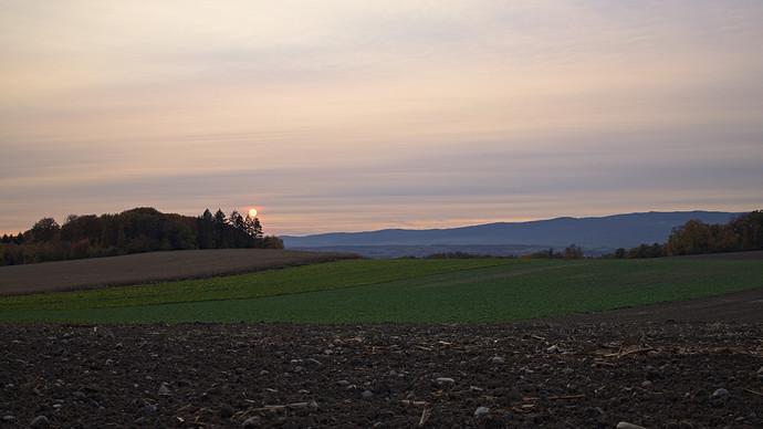 cloudy.hazy.sunset