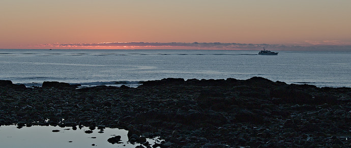 pre-dawn-sun-boat-IMG_1598.CR2